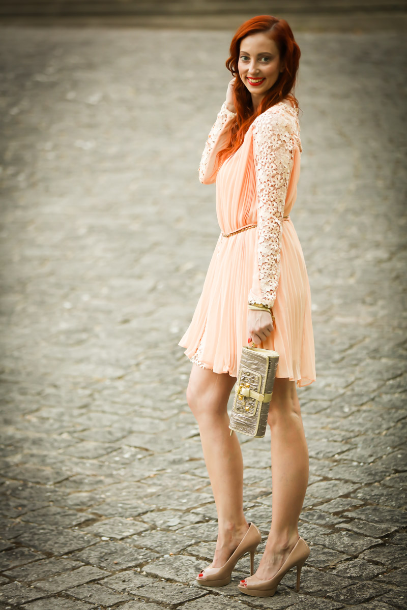 Dress with apricot