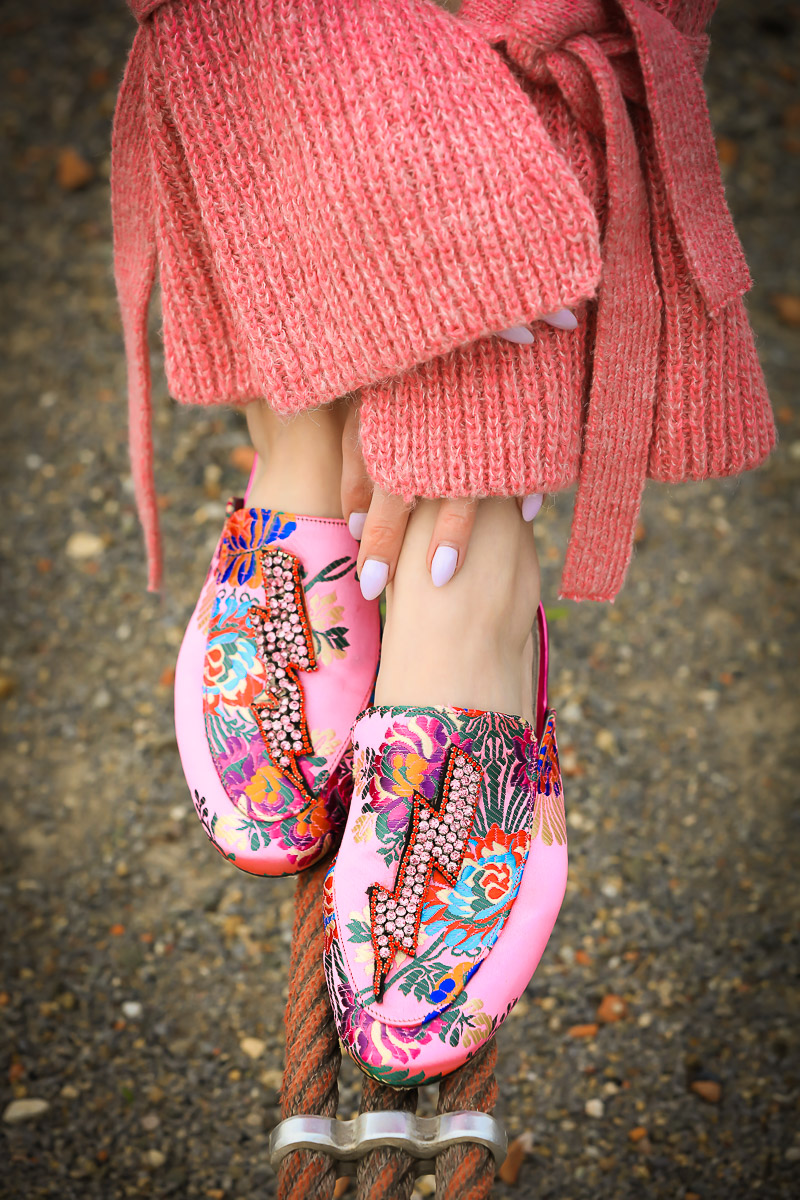 details with the pink shoes and sweater